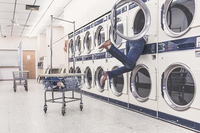 Cómo usar una lavadora de apartamento